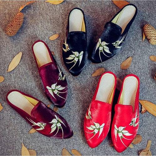 Silk and velvet slippers, swallow motif, non-slip