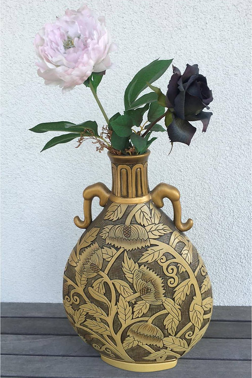 Fine pottery vase with delicate design and exotic collar