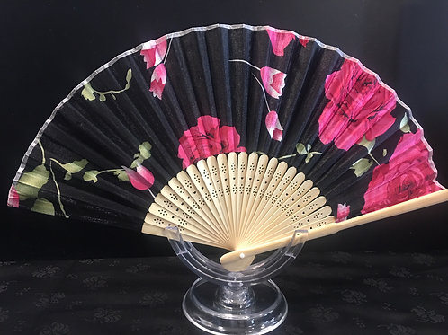 Fan - black with pink roses