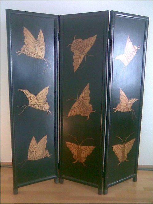 Beautiful Paravent / dressing screen with large, handprinted butterflies