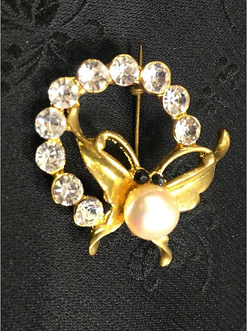 Brooch, goldplated, natural saltwater pearl in form of a butterfly