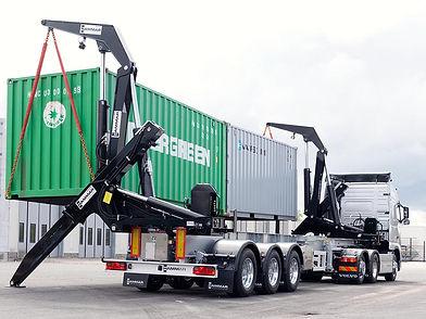 HAMMAR-195-S-2x20-ft-container-lift.jpg