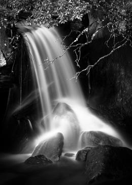 Drakensberg Cascades B&W