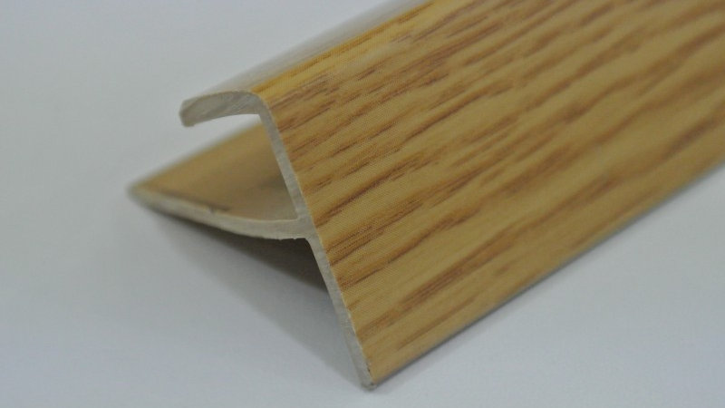 Nosing - F Type (For 8mm panel) Oak