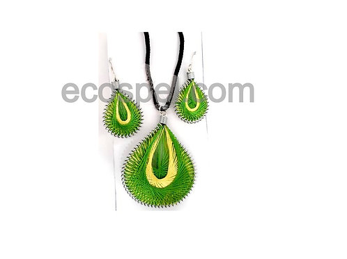 Thread Work Locket and Ear Ring Set for Women
