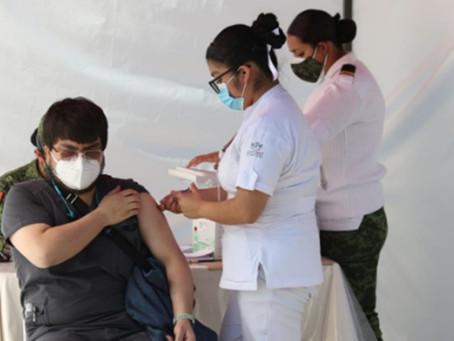 Vacunación en personal de salud está al 100%.- Sheinbaum.