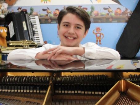 ¡Un prodigio! Alexander Vivero, el pianista mexicano de 12 años que tocará en Nueva York