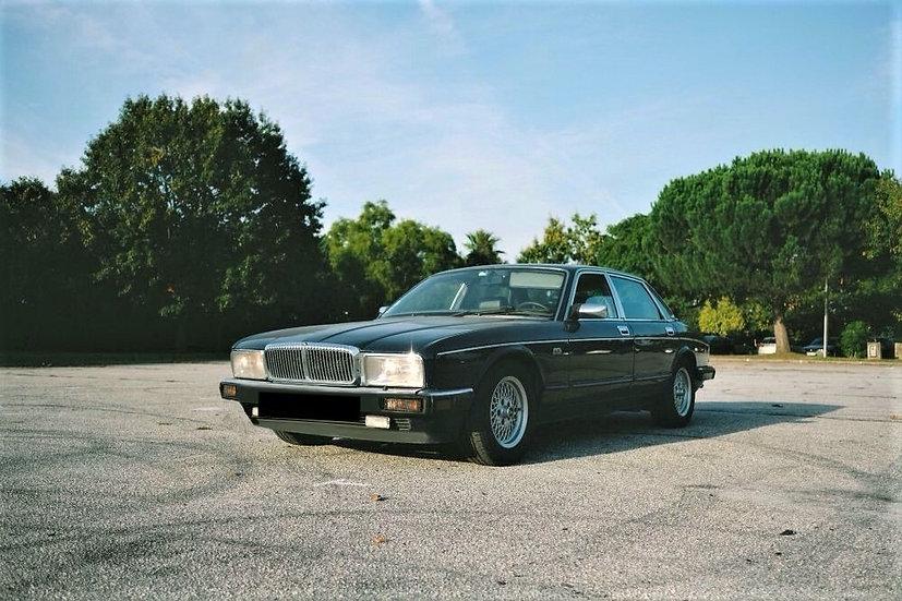 Jaguar Daimler XJ40