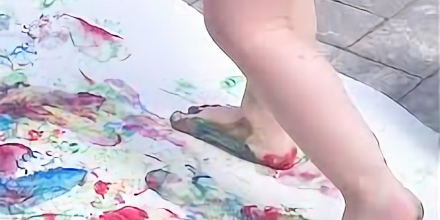Kiddo & Me FEET Painting!