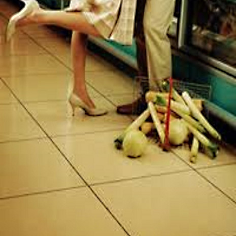 Supermarket Dating - Finding Your Dream Man in the Salad Section