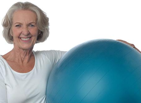 Terceira idade ativa. Benefícios do Pilates