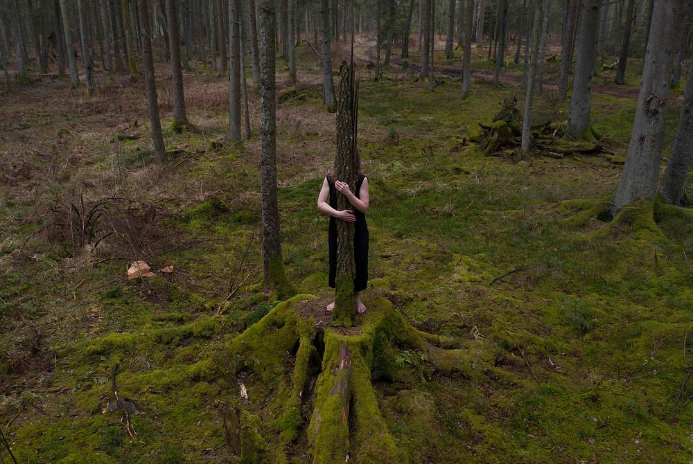 """Julija Pociute """"Glostančios rankos"""" HD video"""