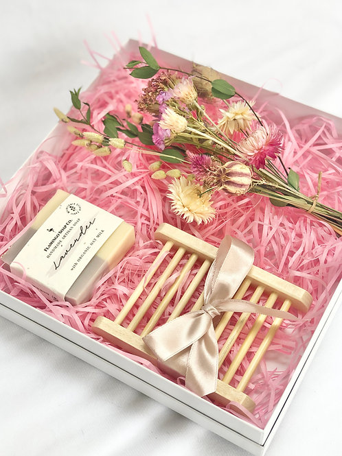 The Pink Bouquet Box