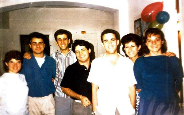 1987_1988_pic2.jpg