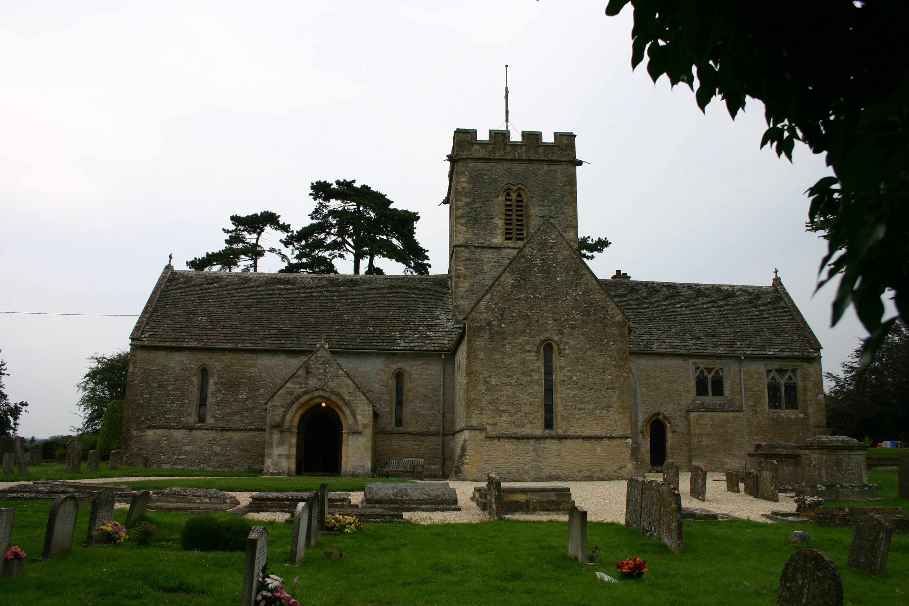 001_Meysey Hampton Church.jpg