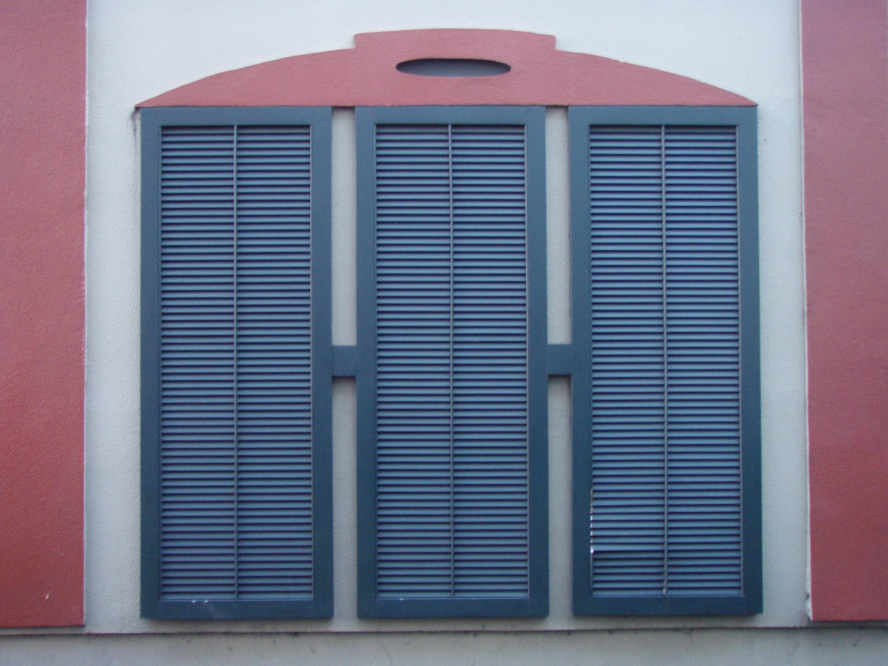 132_shutters.jpg