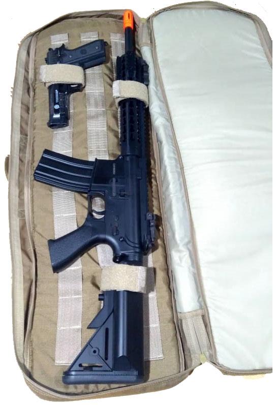 Fitas de retenção para arma com ajuste em velcro.