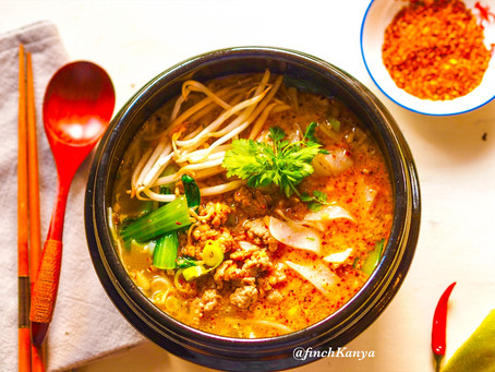 Tom Yum noodles ( Kway Teow Tom Yum)