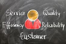 customer-1253483_1920.jpg
