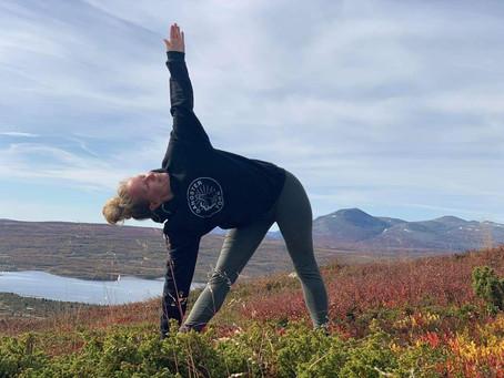 Yogapraksis, livspraksis og medfølelse, av Katrine Ness