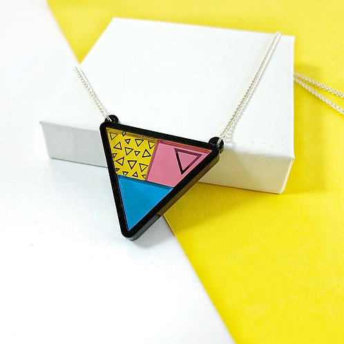 Mirrored triangles necklace