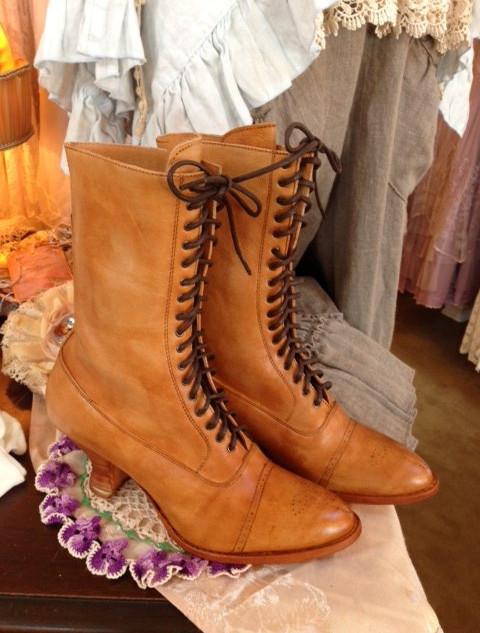 Granny Boot