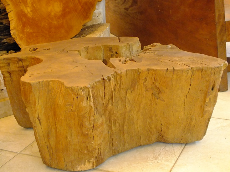 Mesa Lateral Orgânica Canela
