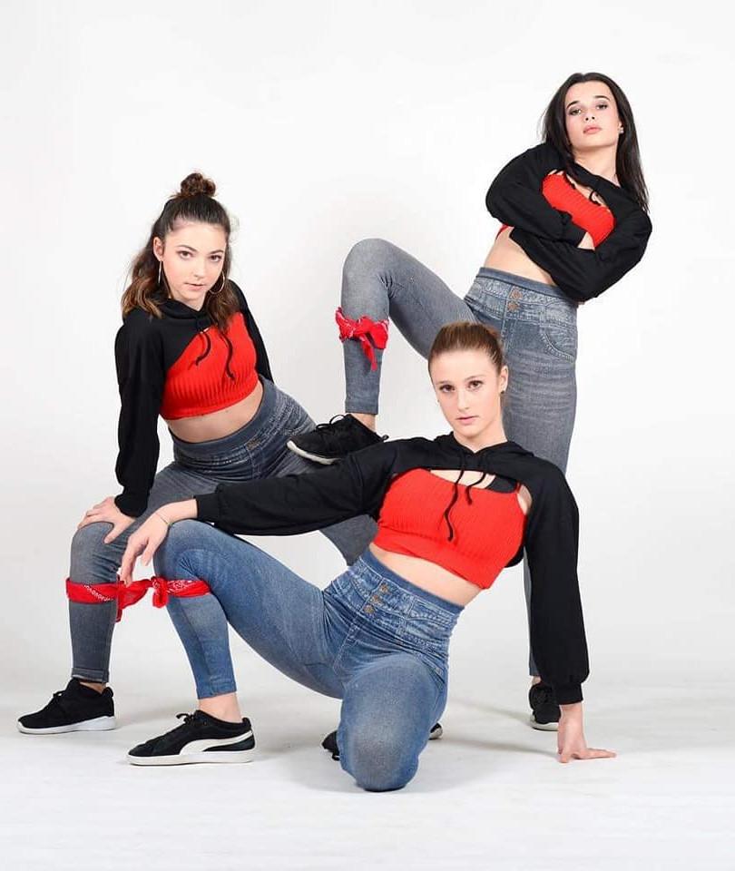 Chloé Garcia, Illona Costanzo, Carla Aouane New Style