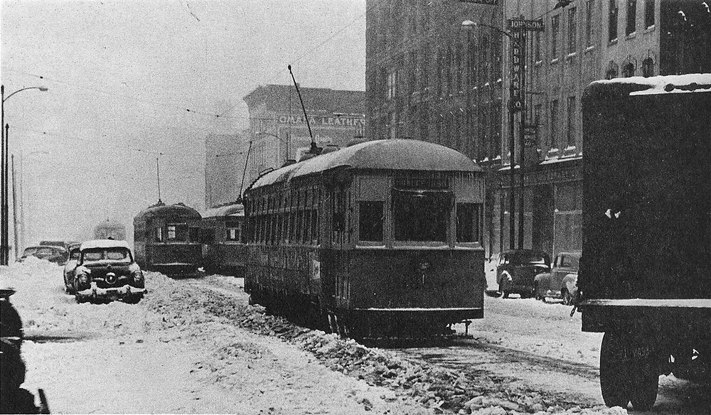 historic streetcar in omaha