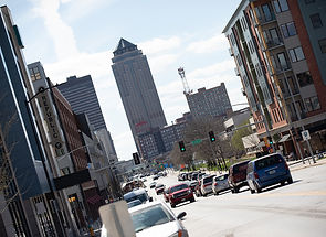 downtown des moines street