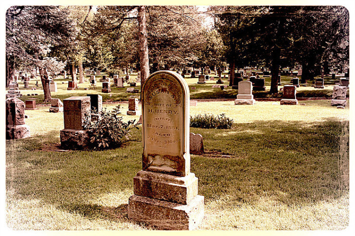 historic cemetery in omaha