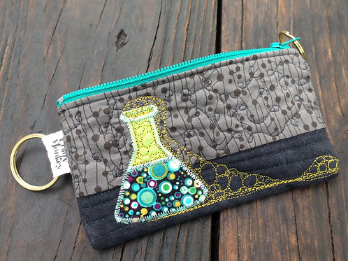 Lab Accident quilted zipper bag - green
