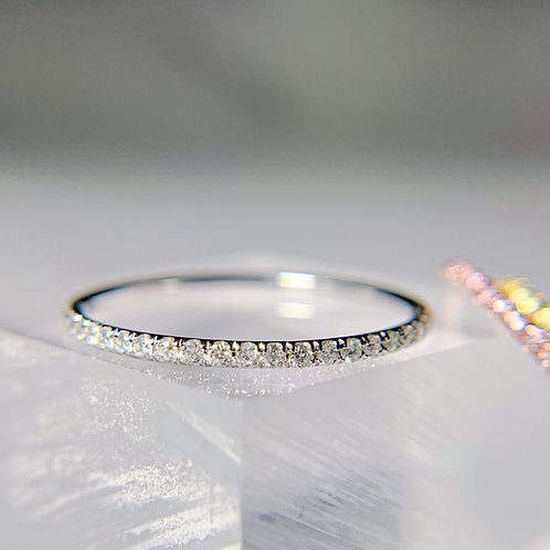 Colorless White Diamond Thread