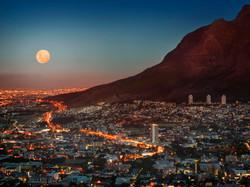 full moon Table Mountain