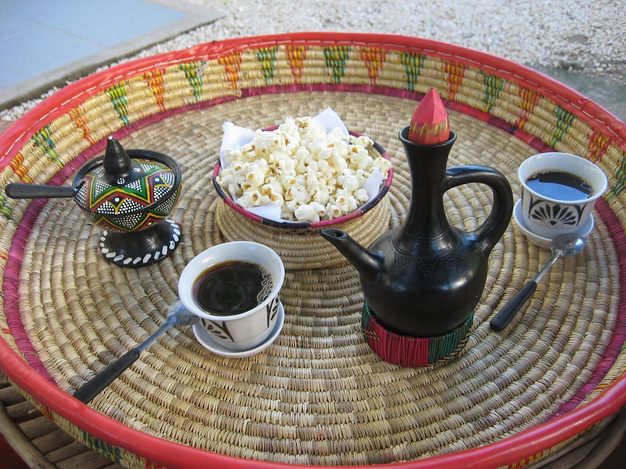 Ethiopian_coffee_served_in_Stone_Town,_Zanzibar