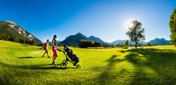 4 18-Loch-Golfanlage