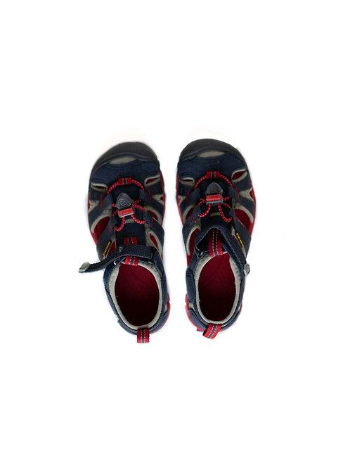 Boy's Keen Sandals - 10