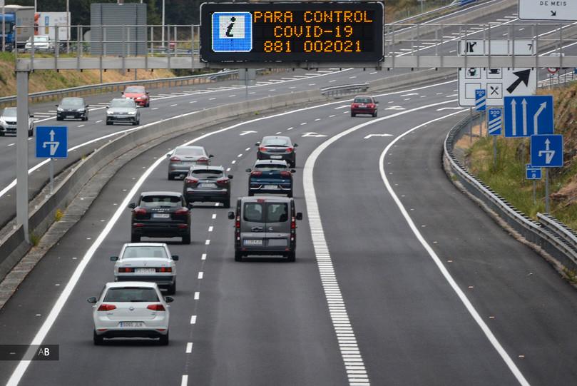Panel Covid en la Autovía del Salnés