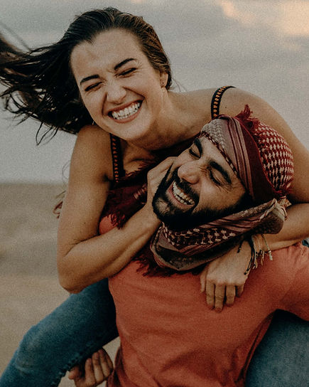 koppel fotoshoot in de woestijn