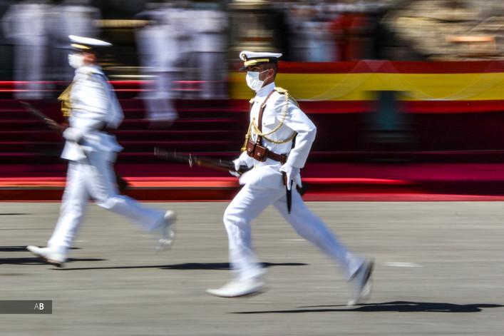 Desfile Escuela Naval Militar de Marín (Pontevedra) en el Día del Carmen