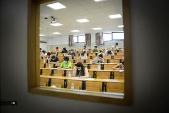 Exámenes de la selectividad en la Universidad de Pontevedra