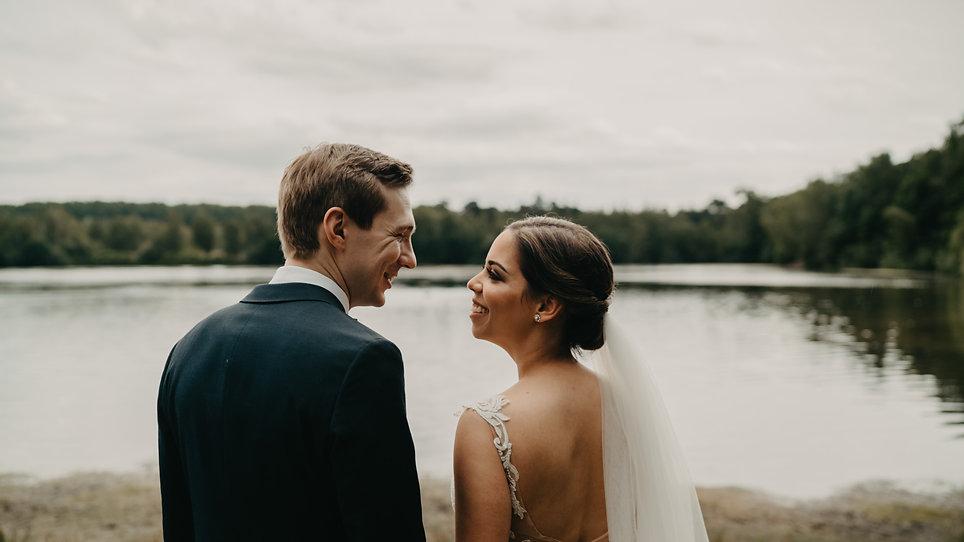 bruidsfoto's bij het meer