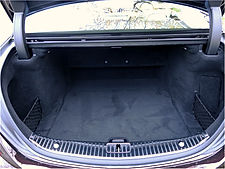 Luggage space in mercedes