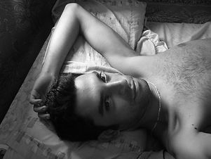 in-the-bed-1313060.jpg