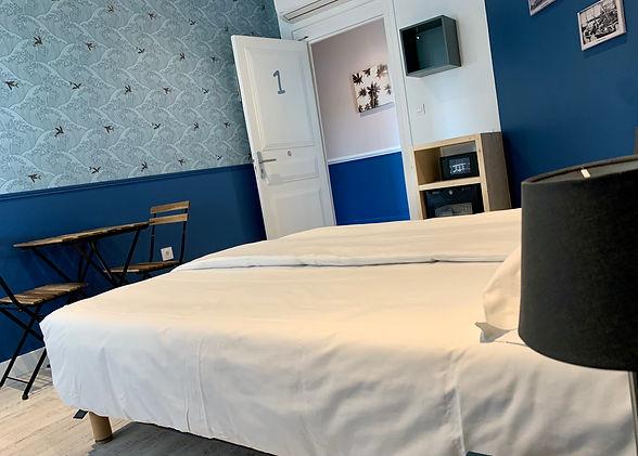 Hotel Le Petit Baigneur vue chambre 1.jp
