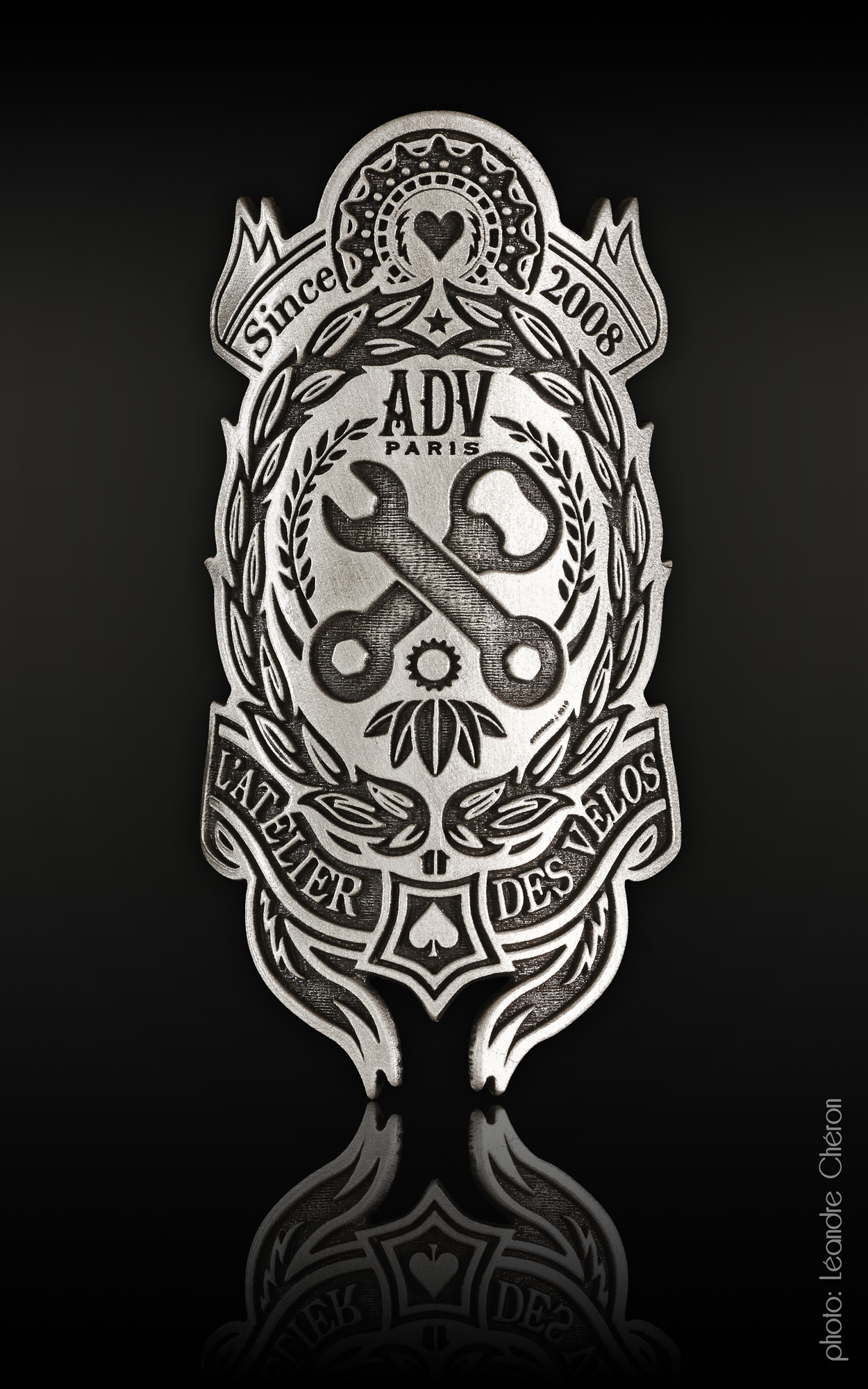 Head Badge ADV