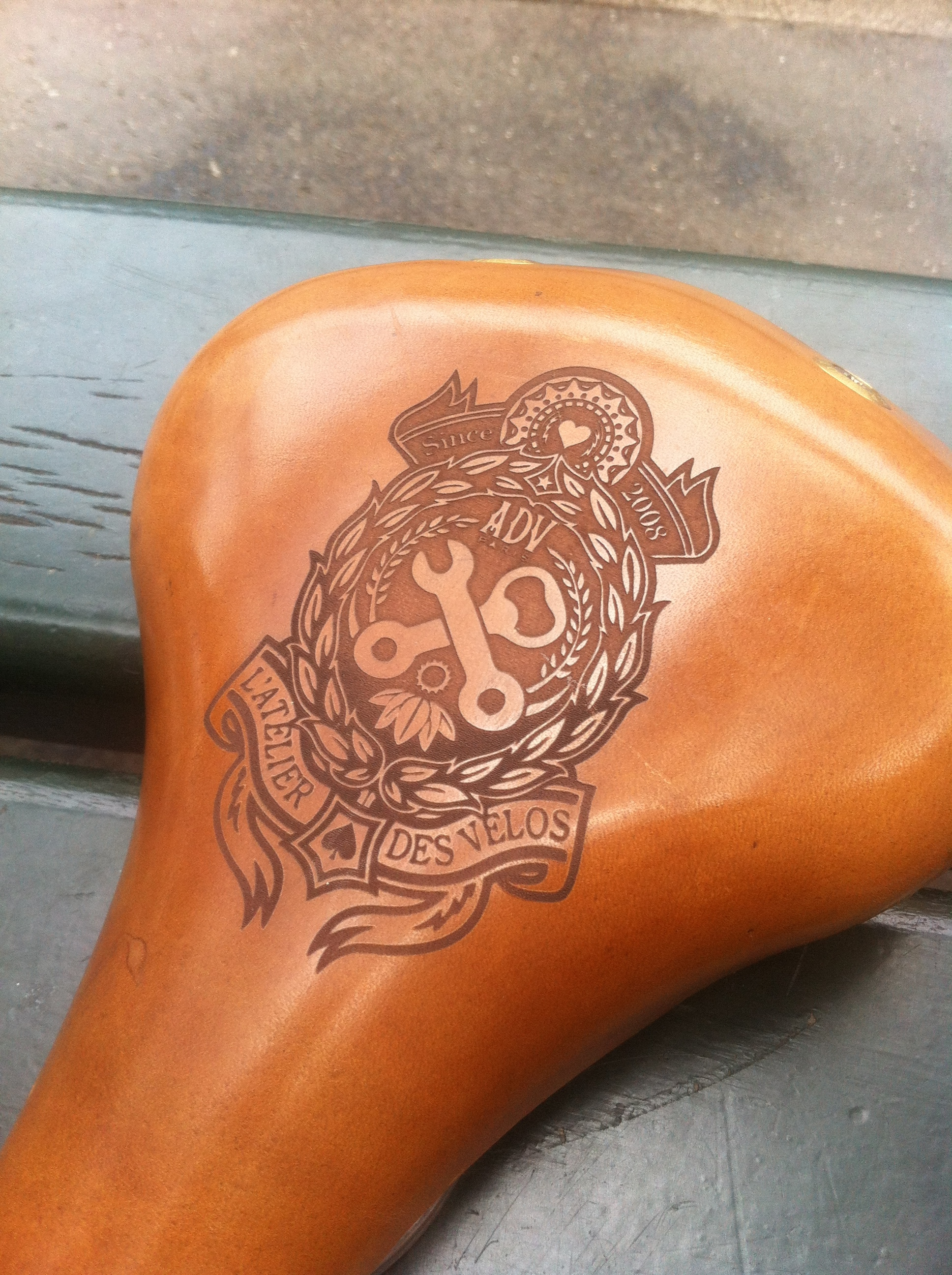 Custom saddle ADV