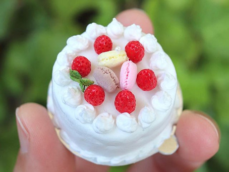 ペットボトルのキャップで作るミニチュアケーキ