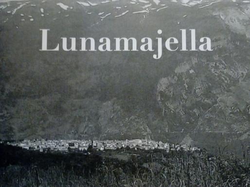 """Nota di lettura a """"Lunamajella"""" di Gian Piero Stefanoni"""
