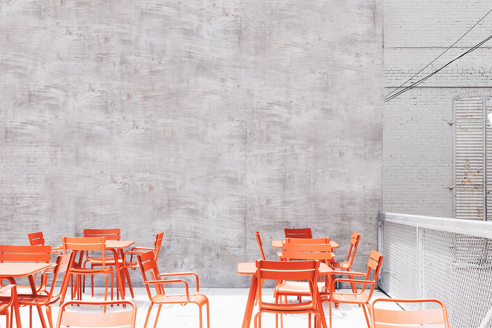 椅子和桌子